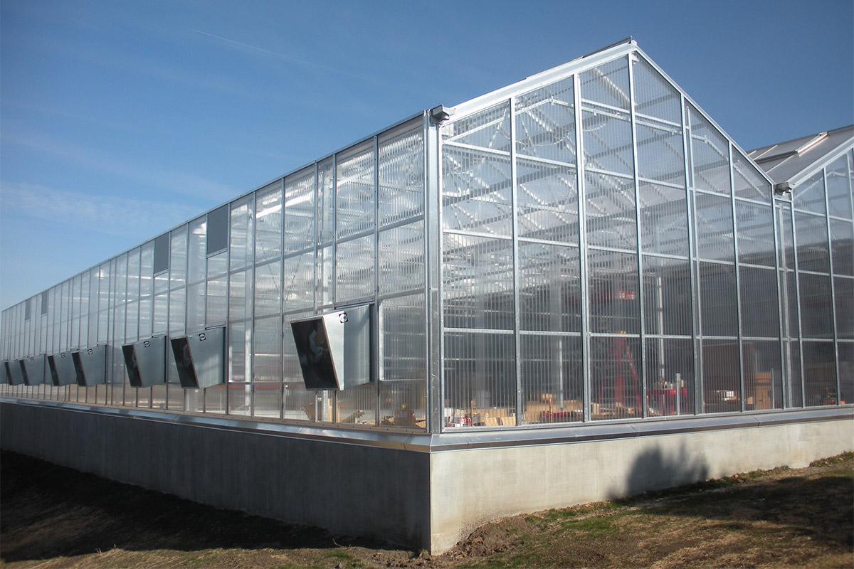 A-frame gutter connected greenhouse