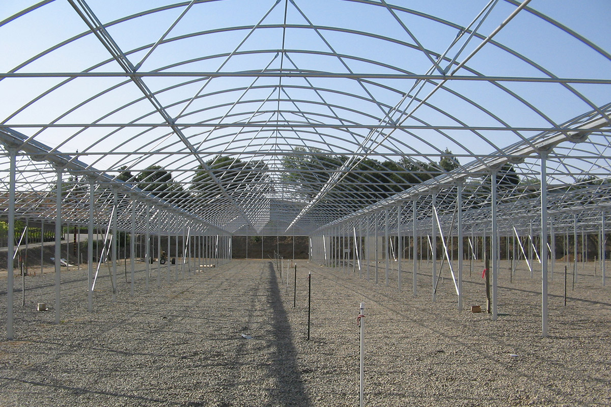 Commercial Quonset Greenhouse Construction